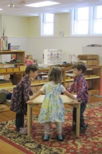 table moving teamwork